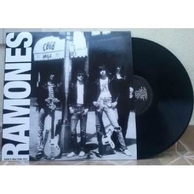 Ramones - CBGB's New York 1977